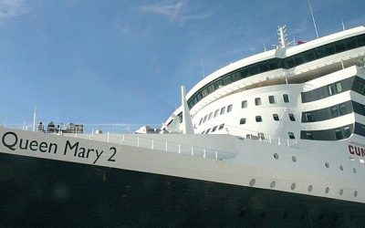 EL «QUEEN MARY II» ATRACA EN CÁDIZ …